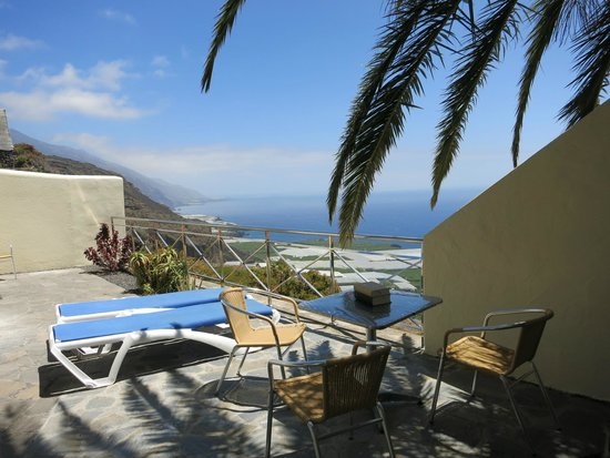 El Drago: Blick auf die Terrasse/Balkon