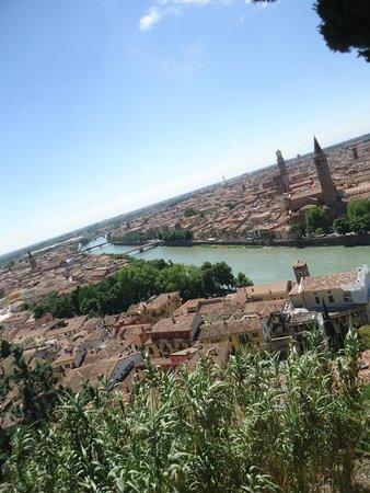 Piazzale Castel San Pietro: river <3