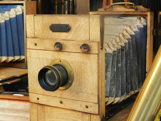 Old Town Square : Vintage Camera Store