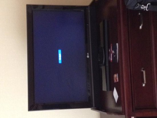 Sheraton Columbia Town Center Hotel : no TV signal in rooms is common