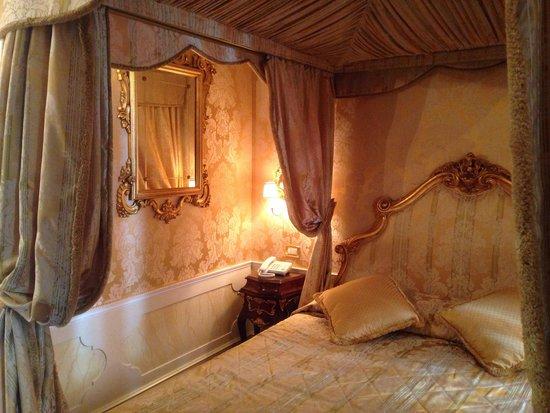 Hotel Canal Grande: Beautiful junior suite