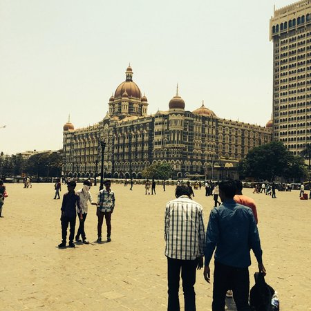 The Taj Mahal Palace, Mumbai: view from outside how grande is she?