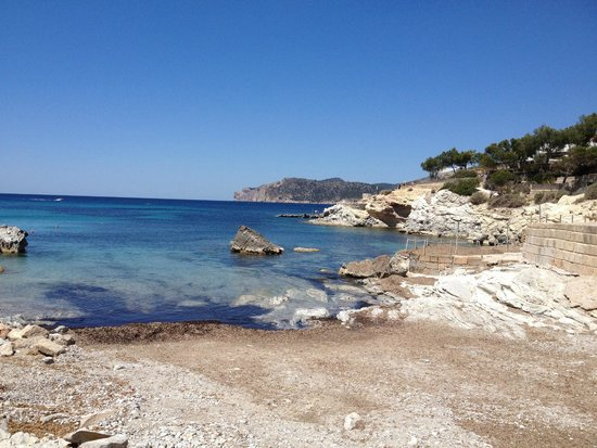 FERGUS Style Cala Blanca Suites: Manmade beach that got washed away but was very clear to see