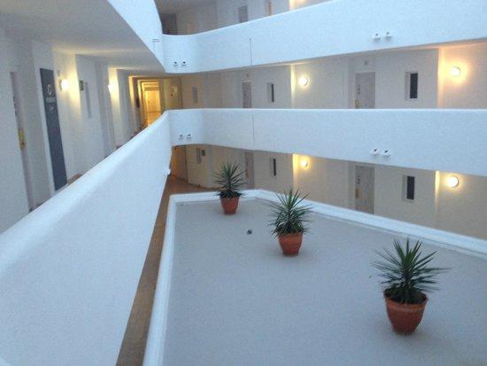 FERGUS Style Cala Blanca Suites: hotel floor layout