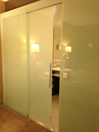 Radisson Blu Hotel, Luzern: Ванная