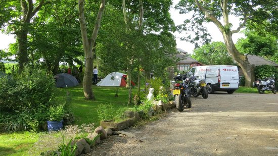 Langtoft Manor: Camping in the grounds TT and MGP