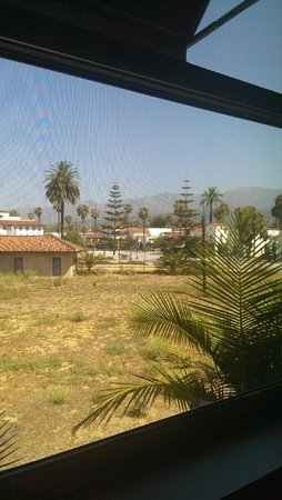 Hotel Indigo Santa Barbara : View from our room