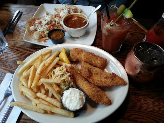 Lowell's Restaurant : Fish and Chips