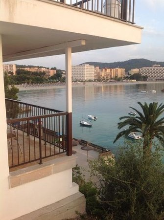 Intertur Hotel Hawaii Mallorca & Suites: 5th floor room, short distance to beach