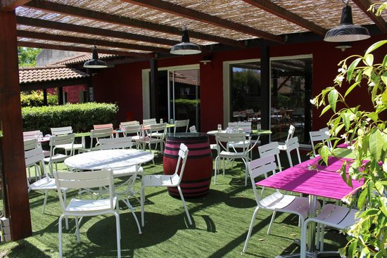 Ibis Styles Aix en Provence: Dining Area