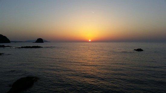 Tania Milos: Quel coucher de soleil! Waow!