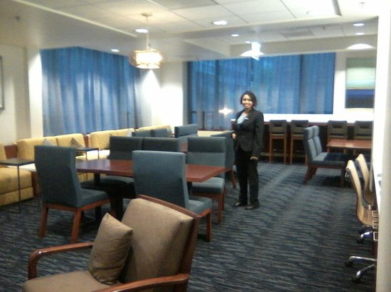 Hilton Chicago/Magnificent Mile Suites: Kaylas in the house
