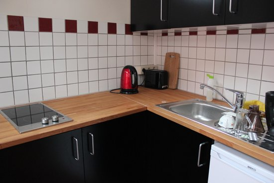 Geertje Henckens Bed and Breakfast: kitchenette