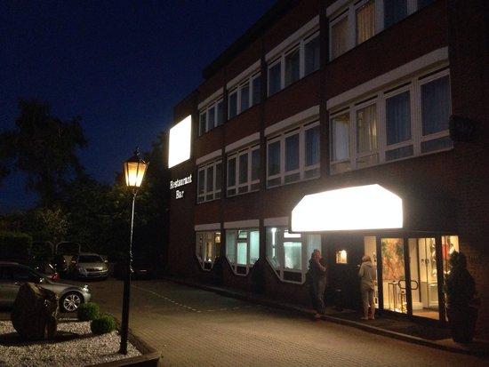 Gresham Carat Hotel: Eingang des Hotels