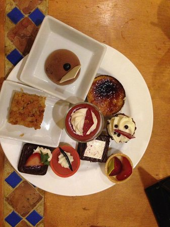 The Buffet at Bellagio: desserts