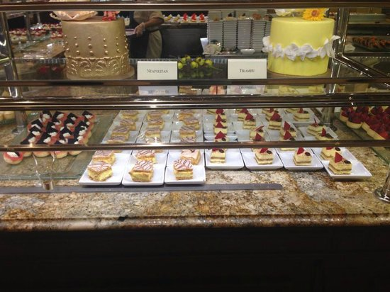 The Buffet at Bellagio: and more desserts