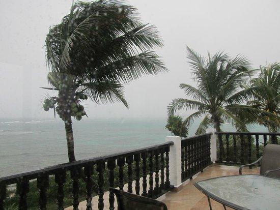 Hotel Akumal Caribe: Veranda