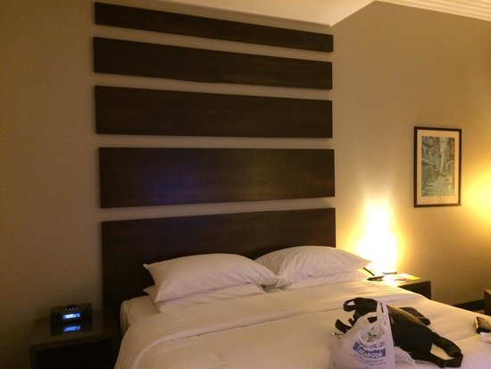 Four Points by Sheraton Lagos: Bed