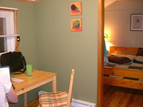 بيكوك فيلا موتل: inside cabin