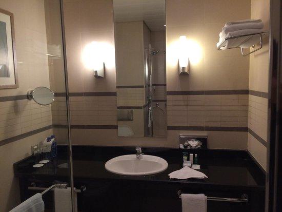 Four Points by Sheraton Lagos: Bathroom
