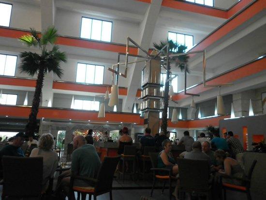 Hotel Riu Caribe: Hermoso Hall al llegar