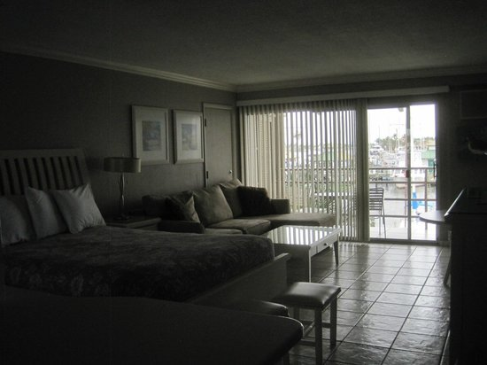 Cove Inn on Naples Bay : view as you enter room
