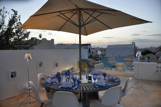 Dar Bibine: Diner sur la terrasse