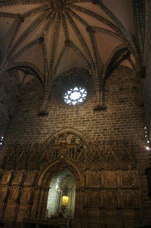 """Valencia Cathedral : Capilla en donde se puede observar el """"Santo Cáliz"""""""