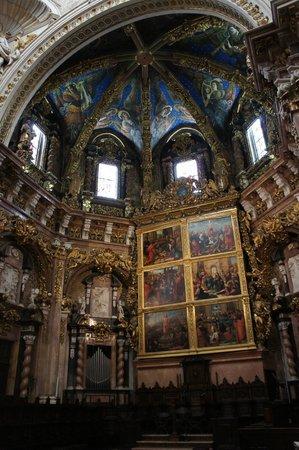 Valencia Cathedral : Nave principal