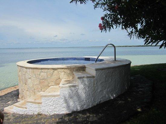 Sunset Marina Resort & Yacht Club: Hot Tub