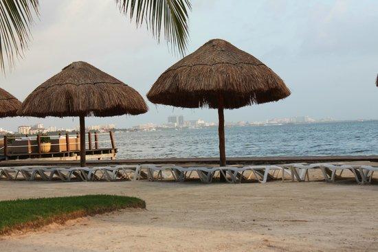 Sunset Marina Resort & Yacht Club: Sitting Area