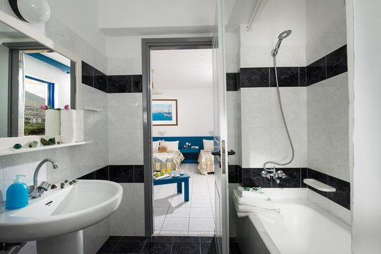 Triple Room Bath - Central Hersonissos Hotel