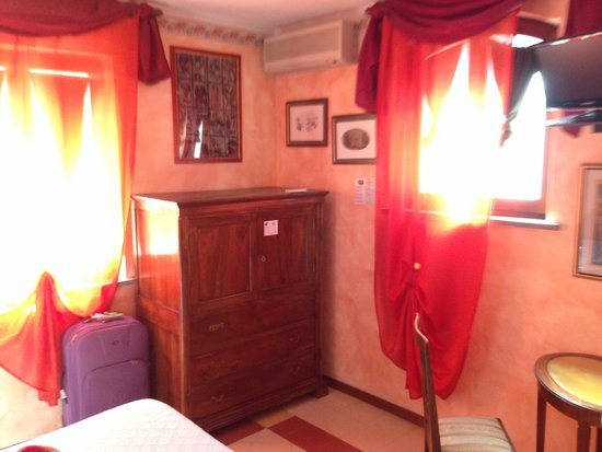 Domus Volumnia Residence: Camera Fasti