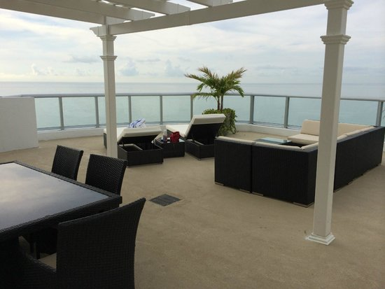 Marenas Beach Resort: Penthouse Terrace
