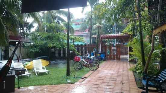 Spanish at Locations - Bocas del Toro: Cadre sympa.même quand il pleut