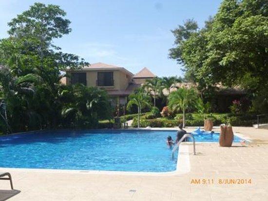 Hotel Leyenda: Área de Piscina