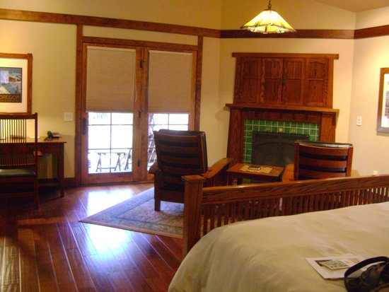 Five Pine Lodge & Spa: The suite in Sparks.