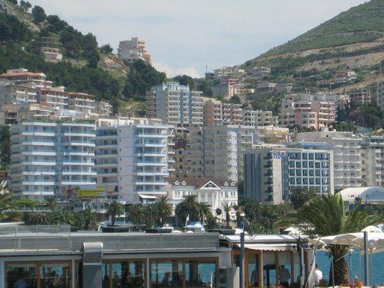 Vila Duraku : Hotel und die Umgebung