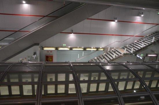Metropolitana di Torino : Station