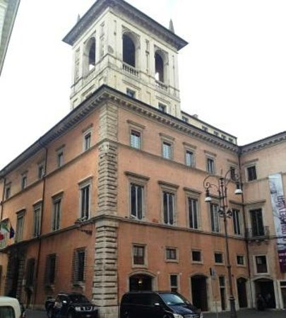 Museo Nazionale Romano - Palazzo Altemps: ingresso nell'angolo