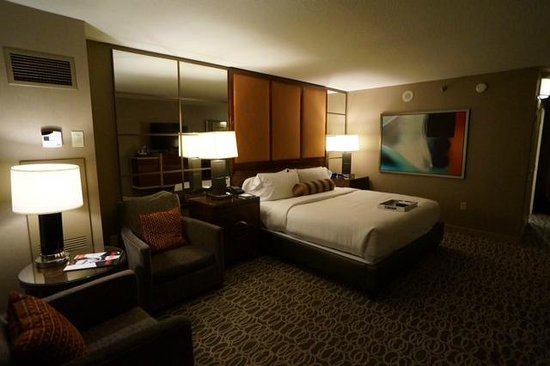 MGM Grand Hotel and Casino: Bedroom