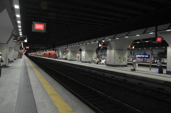 Platforms foto di stazione alta velocit torino porta - Porta susa stazione ...