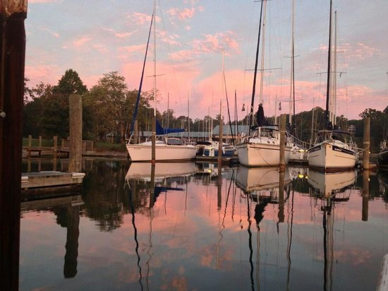 Kings Point Pub: View from the marina!