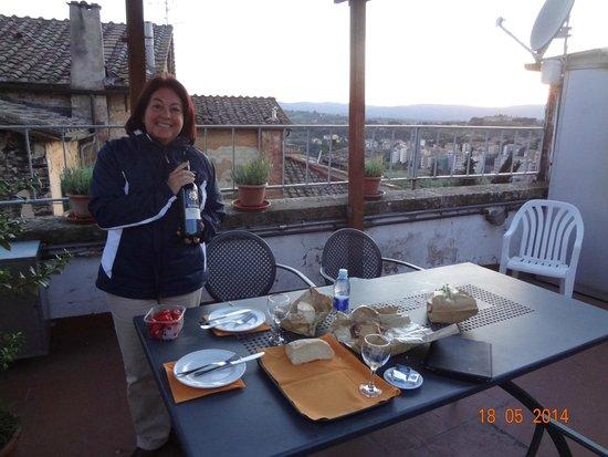 Hotel Duomo: Lanche no terraço
