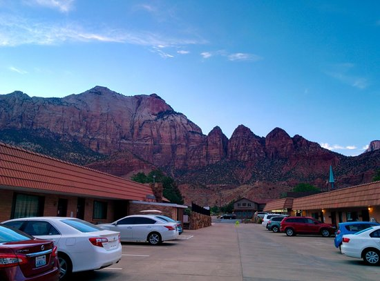 Zion Park Motel: View from our door
