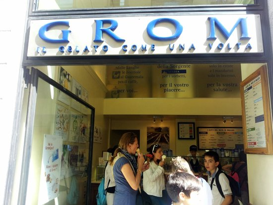 Grom - Front sign