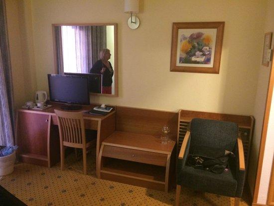 Invisa Hotel La Cala: Room
