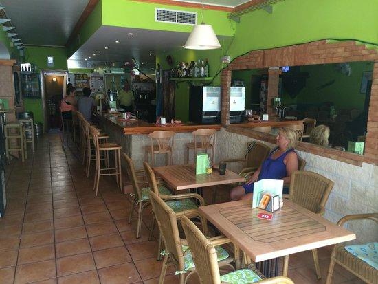 Invisa Hotel La Cala : El Punto - Tapas bar