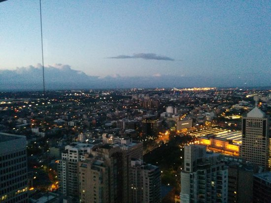 Meriton Serviced Apartments World Tower: View from living area