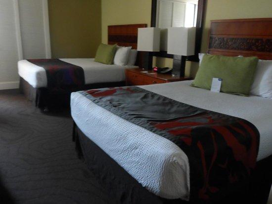 Courtyard by Marriott King Kamehameha's Kona Beach Hotel: Room